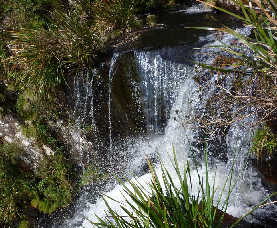 Ausschnitt aus einem Wasserfall im Canyon Fortaleza